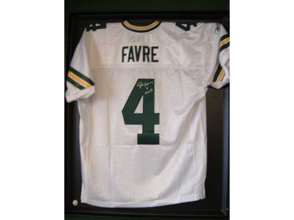 Authentic Style Packers Away Jersey Autographed by Brett Favre ( 4) 8e8f71d42